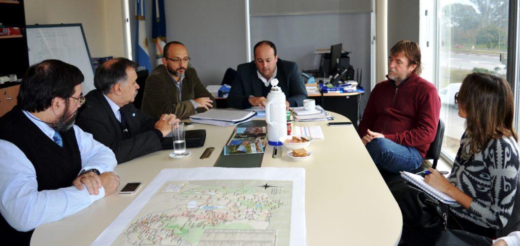 Situación actual y estrategias superadores para el transporte en la provincia, junto a la integración de trabajo y sistemas fueron los temas claves del encuentro con Nación.